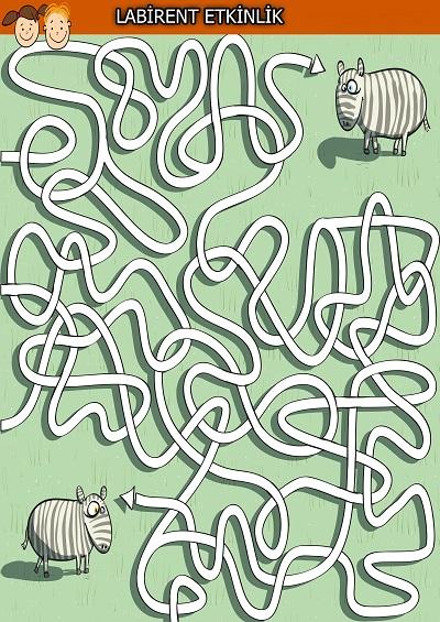 Kavuşmak isteyen koyunlar labirent bulmaca etkinliği
